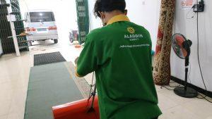 jasa membersihkan karpet masjid